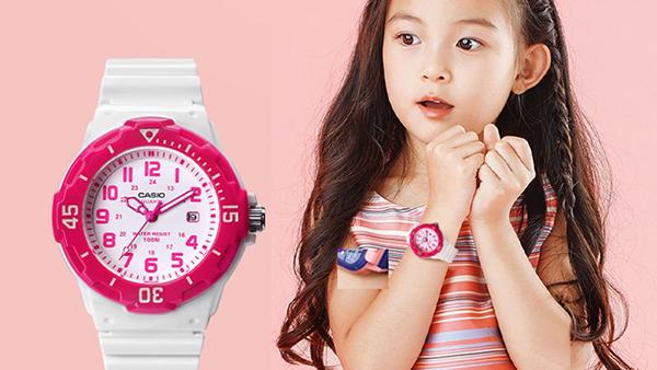 Hướng dẫn làm sạch đồng hồ cho trẻ em theo chất liệu dây
